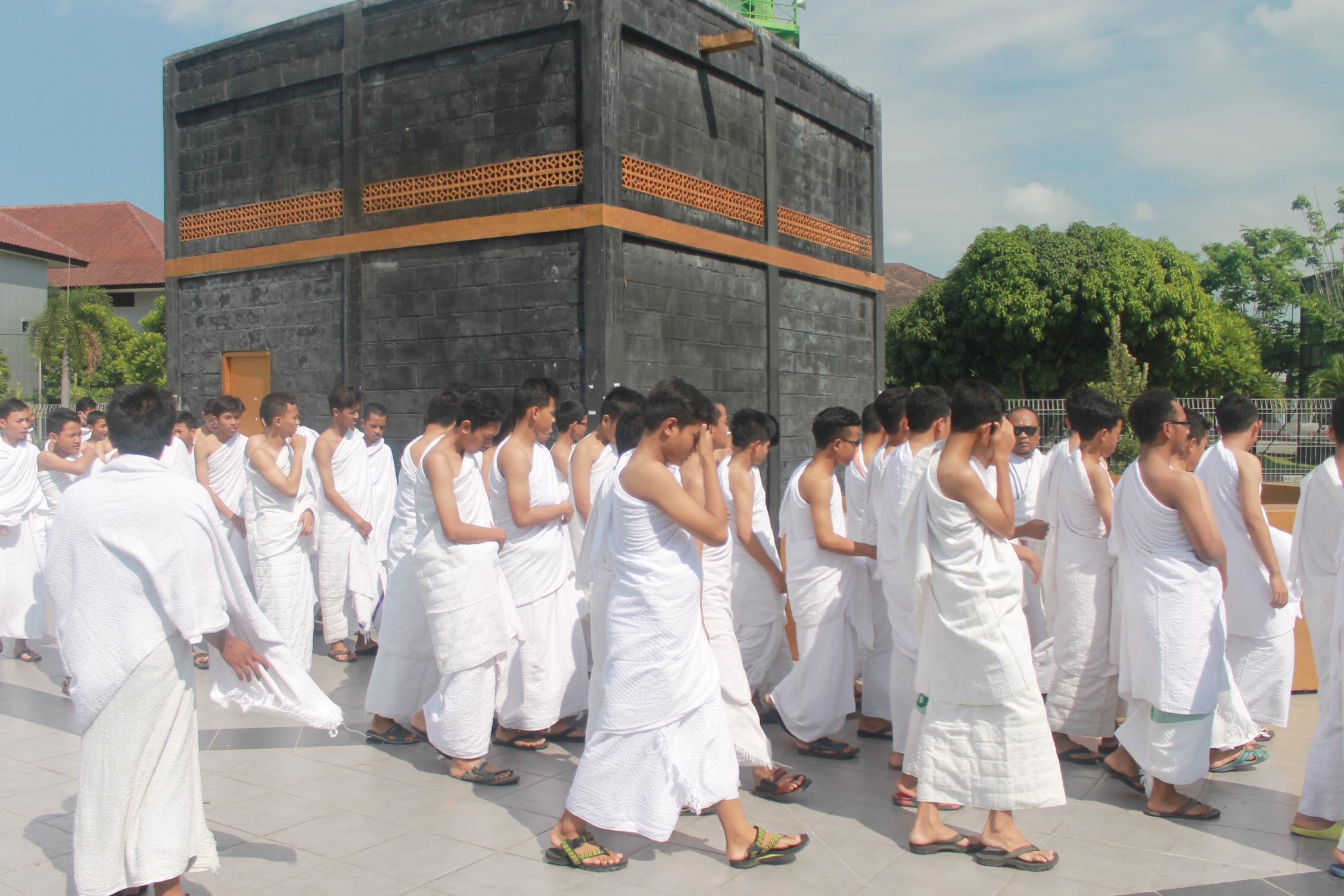 Manasik Haji Santri Dimsa